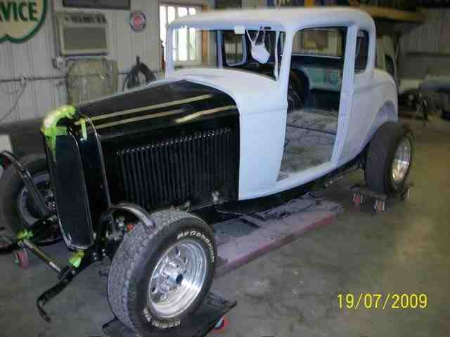 1932 Ford Coupe 3