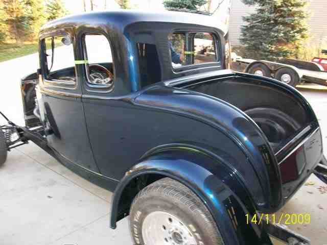 1932 Ford Coupe 41